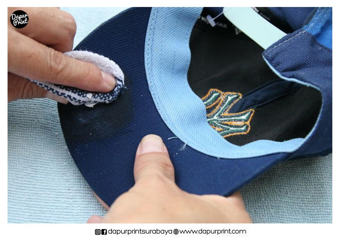 6 Cara Merawat Topi Agar Tidak Cepat Rusak
