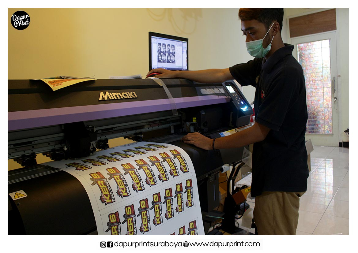 Jasa Cetak Stiker Print and Cut